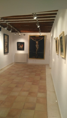 Abierta la muestra 'Cuenca, Arte en la Pasión II', que recoge la visión de 18 artistas sobre la Semana Santa de Cuenca