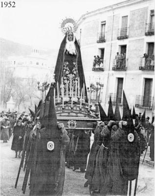 La V. H. de la Soledad del Puente celebrar� el 15 de octubre un rosario vespertino con su talla titular por el 75� Aniversario