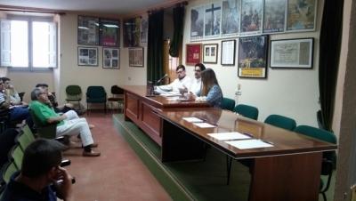 La V. H. de las Santas Mar�as se constituye oficialmente y aprueba solicitar su integraci�n en la JdC