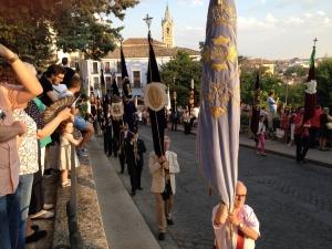 Cuenca arropa a la Virgen del Carmen y a las Carmelitas Descalzas en la procesión del 425º Aniversario